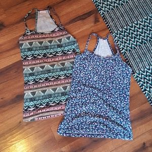 🌹 3/$15 Fun print tanks